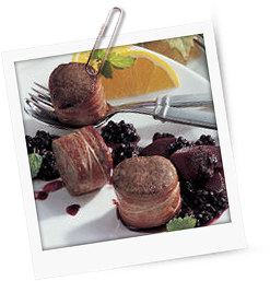 Rehmedaillons mit Holunder-Quitten-Sauce